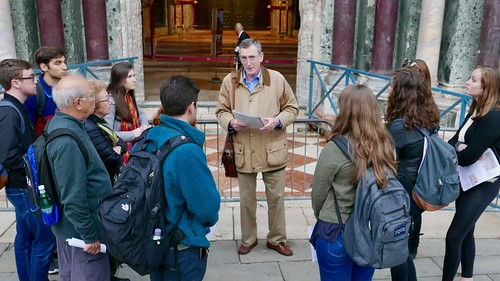 Venice Study Group Fall 2018 students with Prof. Albert Ammerman in St. Mark's Square 5