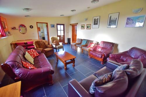 Caerhafod Lodge Pembrokeshire Coast - lounge area in the hostel