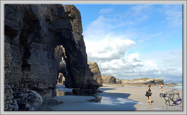 Paseo por la playa de las Catedrales  (2)