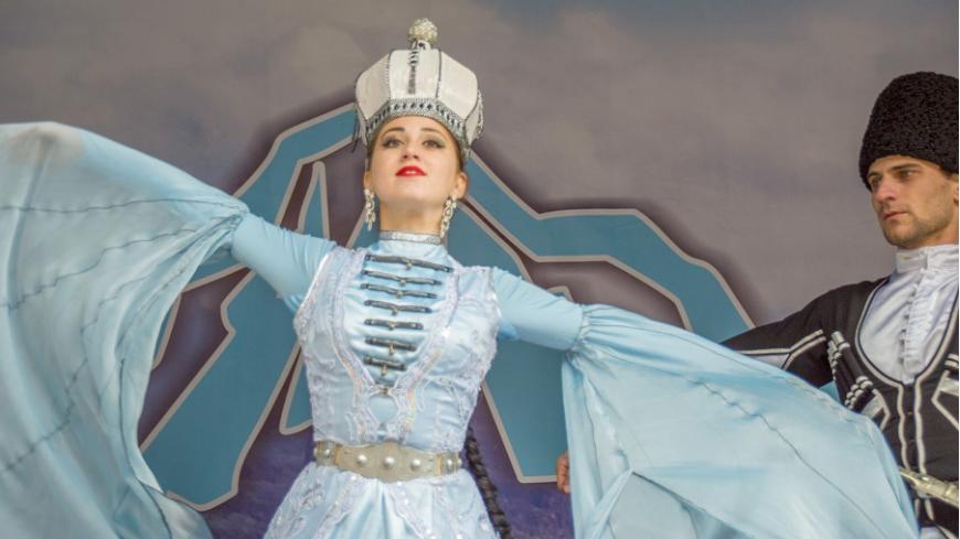 Фестиваль «Лагонаки-2017» принял свыше двух тысяч гостей