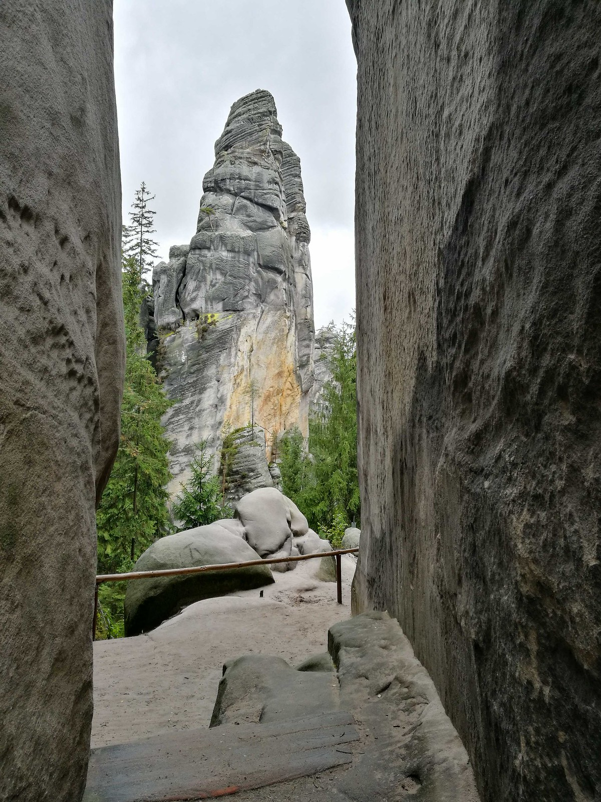 Adventurous destinations in the Czech Republic: Adrspach-Teplice Rock Towns