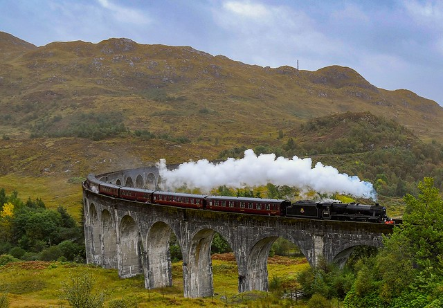 Jacobite train on Glenfinnan viaduct