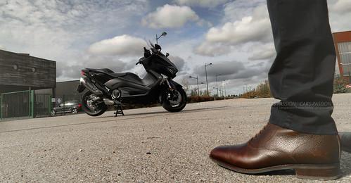 essai-Yamaha-Tmax-530-2017-moto-test6