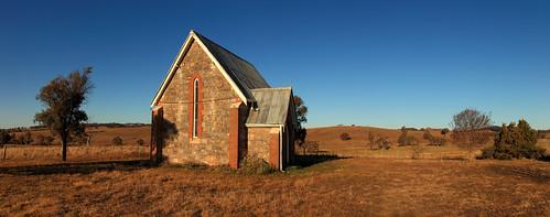 Holy Trinity Church, Beri