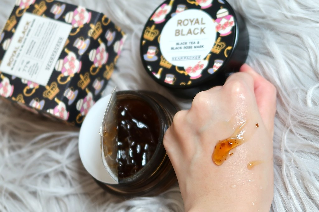 DEARPACKER Royal Black Black Tea & Black Rose Mask Pack 1