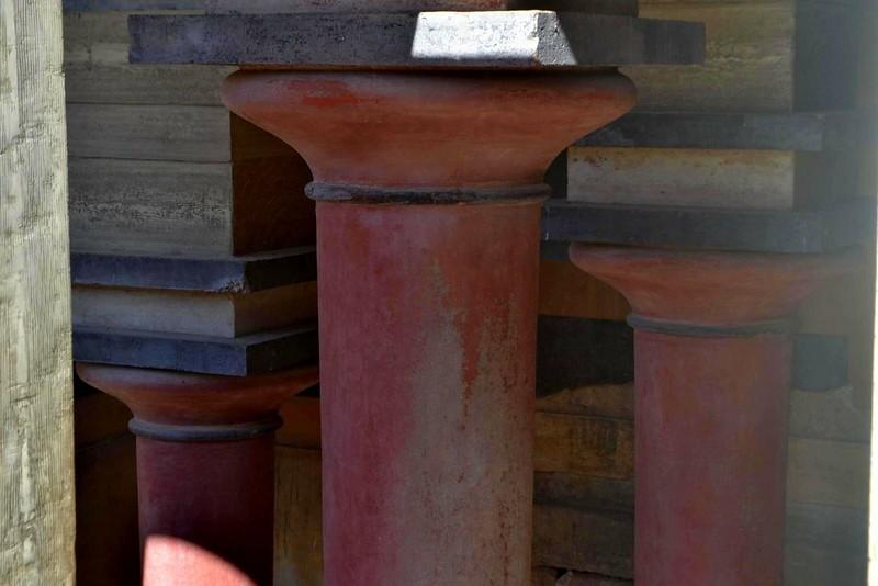 knossos columnas