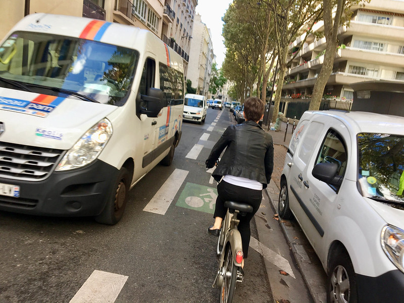 Paris bikes and street scenes-95.jpg