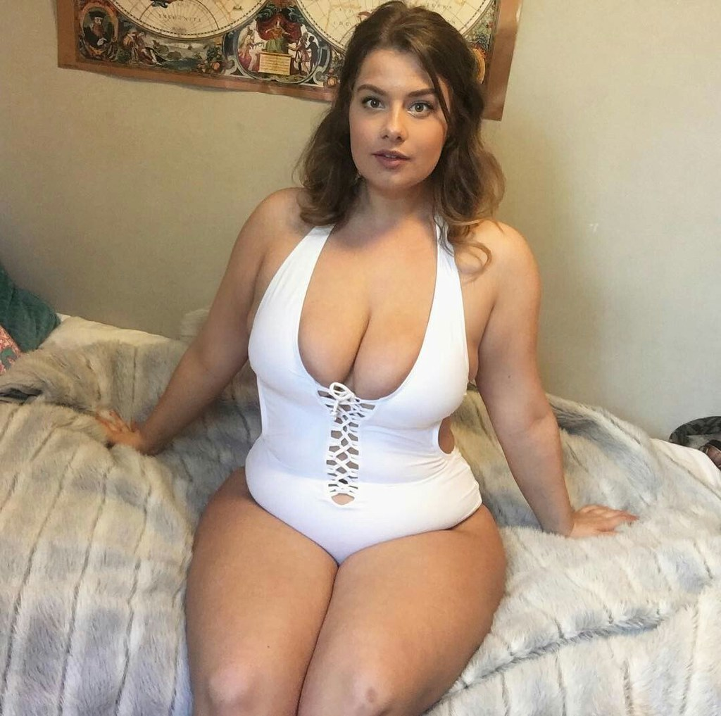 I ♥ BIG GIRLS #Big_Ass #Plus_Size #Chubby #Curvy #Bbw #Tit