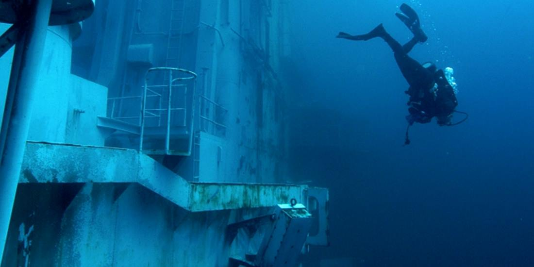 scub diving in Oriskany Wreck, Florida