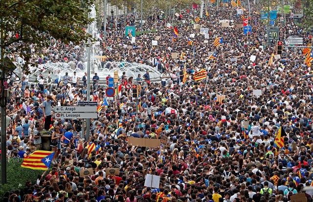 Cataluña: huelga contra la actuación policial