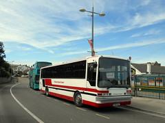 R884 HEJ, Dennis Javelin UVG 70 seater coach