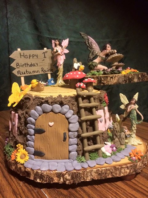 Fairy World Cake by Susan Lewis of Mimi Lewis Custom Cakes