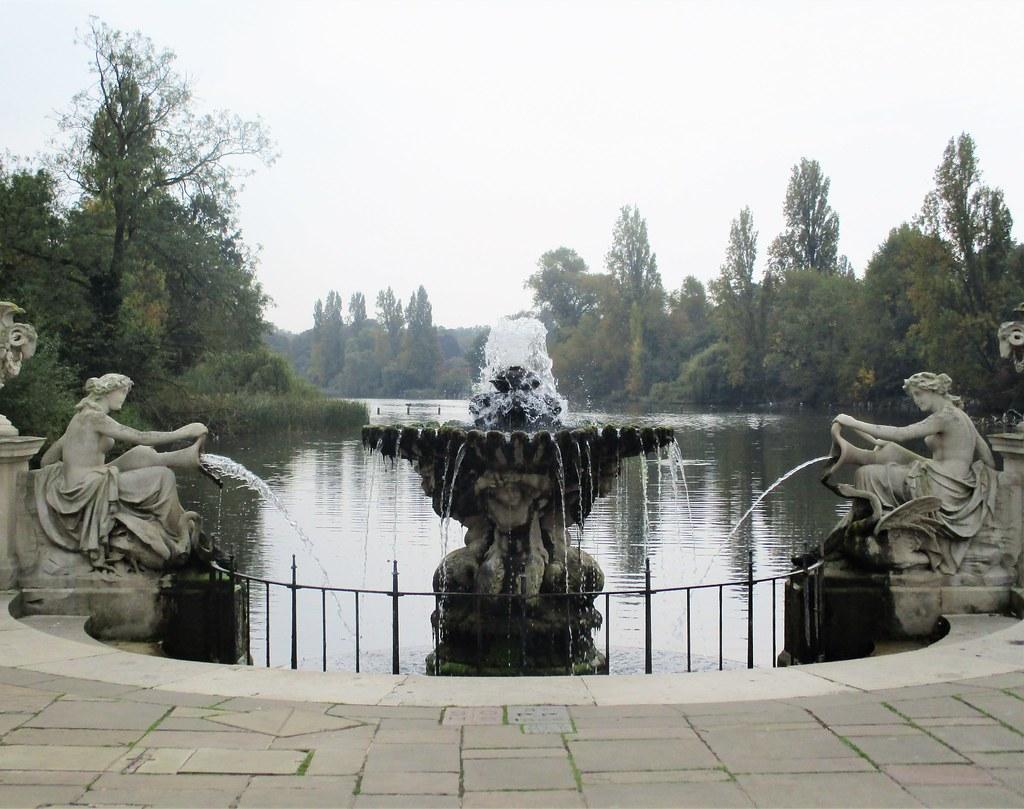 Italian Gardens Fountain