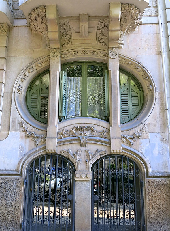 Free-form window, Barcelona