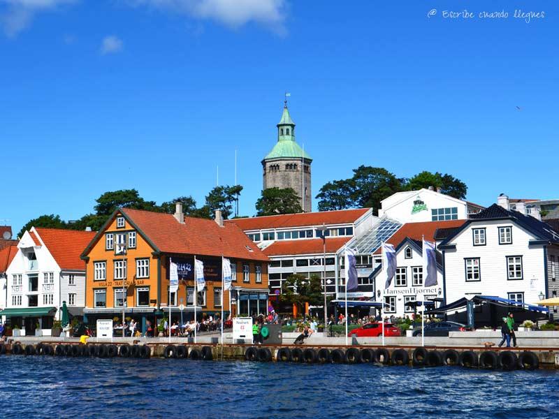 La localidad de Stavanger está situada junto al fiordo de Lyse y se ha convertido en la base de operaciones ideal para visitar la zona