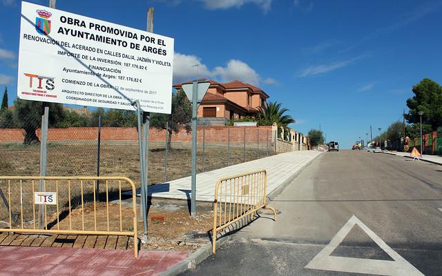 PAVIMENTACIÓN Y ACERADO EN ARGÉS (TOLEDO)