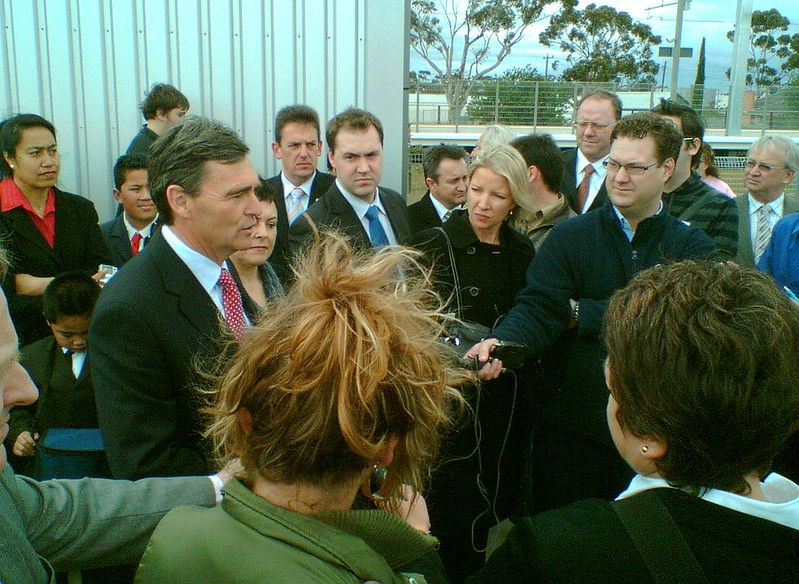 John Brumby and Lynne Kosky at the Craigieburn station opening, September 2007