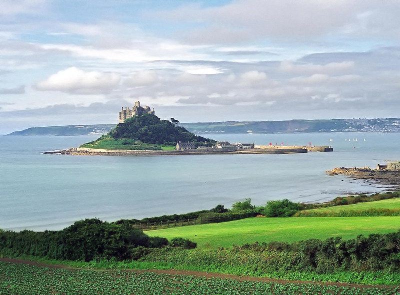 St Michael's Mount, Cornwall, England. Credit ukgardenphotos