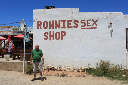 20170119_0255-Ronnies-sex-shop