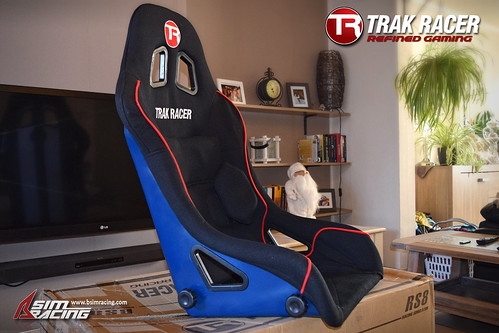 Trak Racer Unboxing - The Racing Seat