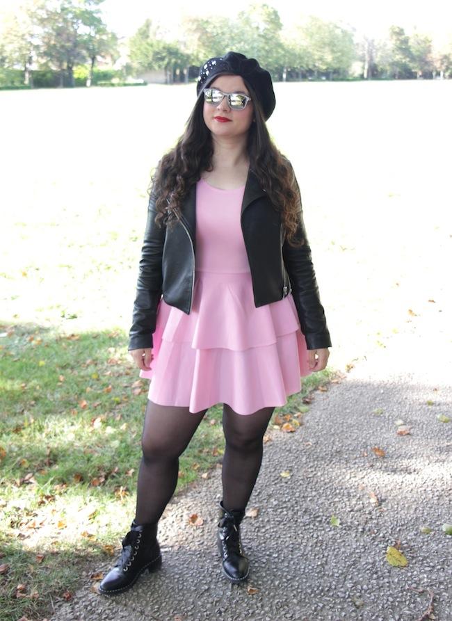 comment_porter_perfecto_robe_rose_beret_conseils_blog_mode_la_rochelle_14