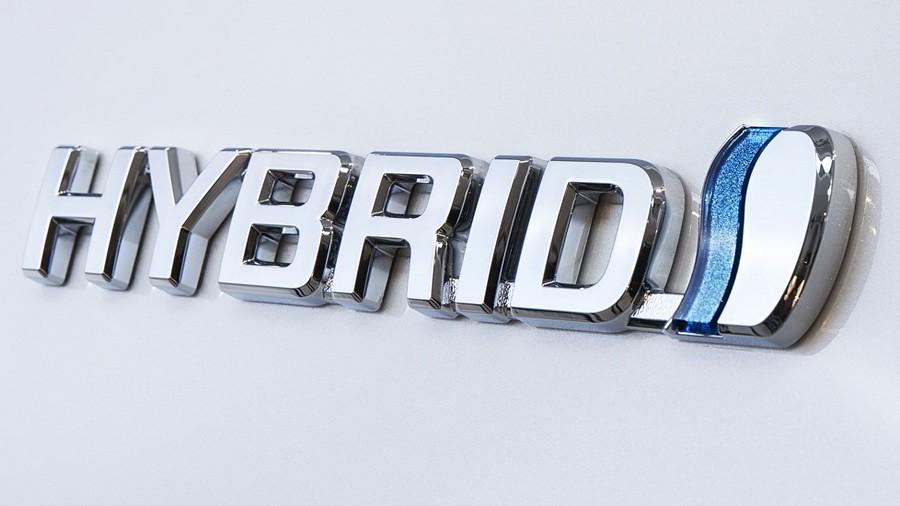 toyota auris hybrid touring sports 9