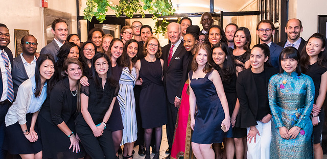 ISH-DC Resident Scholars with Vice President Biden - 2017 Global Leadership Awards