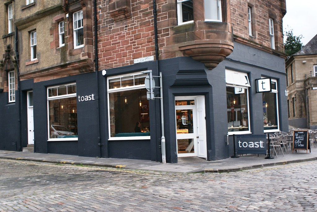 Toast, un des arrêts possible le long du shore à Leith/Edimbourg.