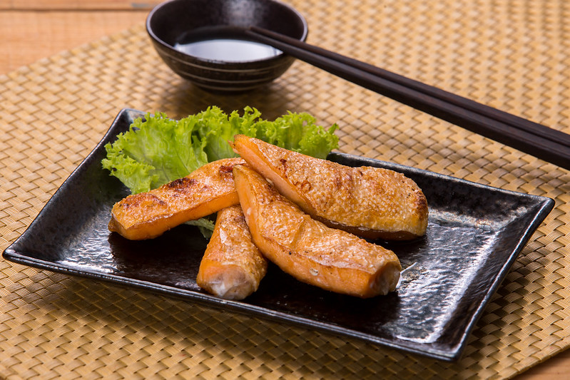 Toro Salmon Shio (Grilled Salmon Belly)