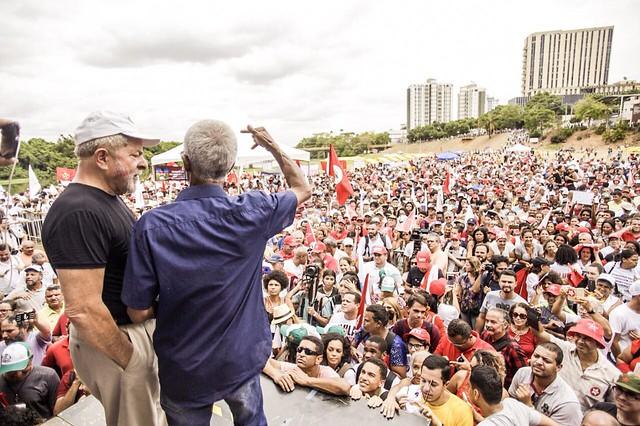 Saiba como foi a caravana Lula por Minas Gerais