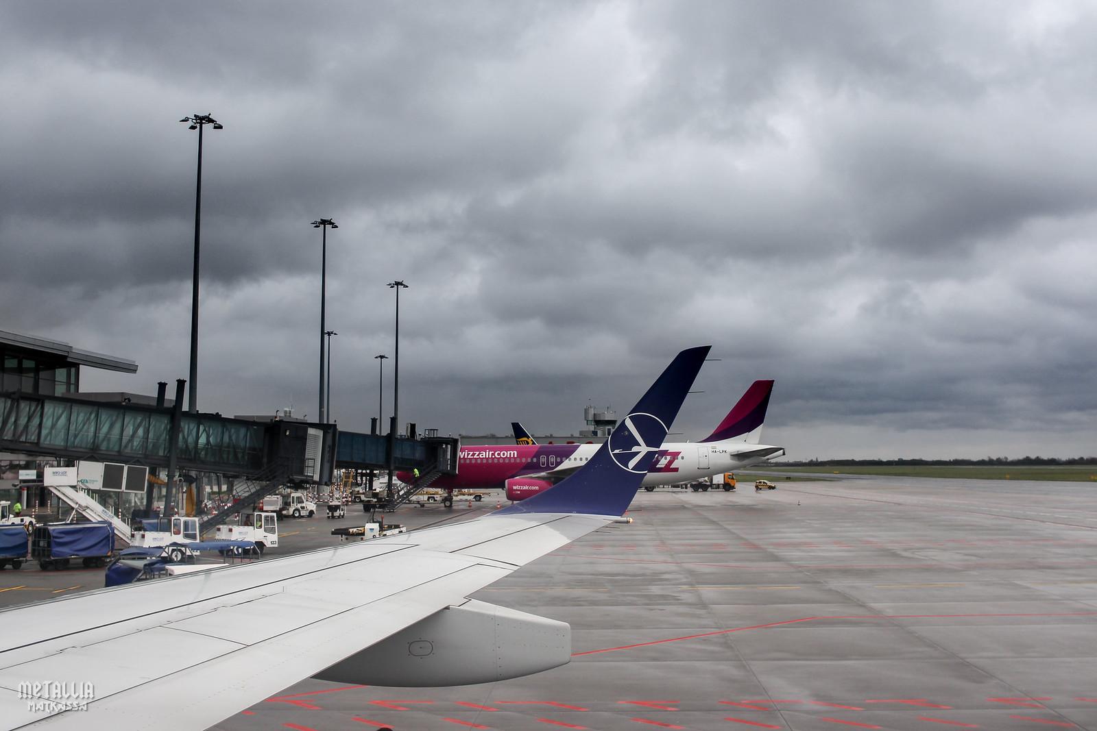 lot polish airlines, lot, polskie linie lotnicze, wroclaw airport, wroclaw port lotniczy