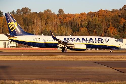 Boeing 737-8AS(WL) Ryanair EI-GDN LN6673