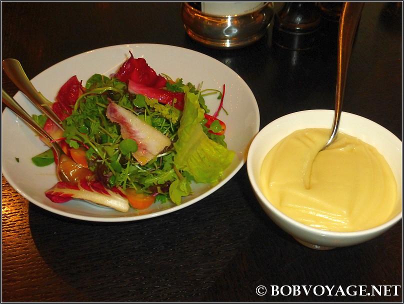 סלט ירוק ופירה ב- Dinner by Heston Blumenthal