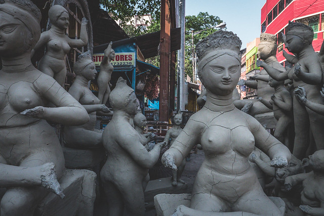 Kolkata - Kumortuli mud Gods sculptures-2 The mud statues of Kolkata you've probably never heard about | Calcutta cultural sights | How to get to Kumortuli to see the mud statues | Durga Puja festival