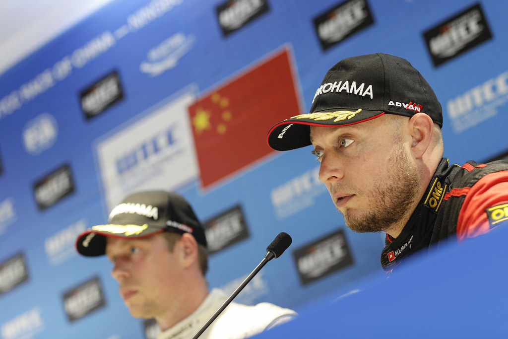 HUFF Rob (gbr) Citroen C-Elysée team ALL-INKL.COM Munnich Motorsport ambiance portrait pole position  conference de presse press conference   during the 2017 FIA WTCC World Touring Car Championship at Ningbo, China, October 13 to 15 - Photo Frederic Le Floc'h / DPPI