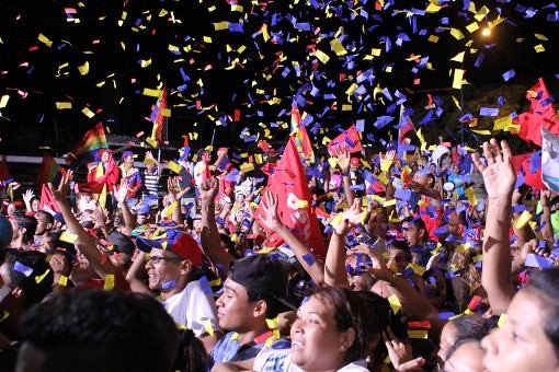 Em vitória histórica, chavismo conquista 54% dos votos em eleições regionais