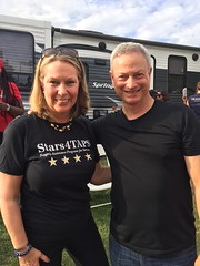2017_S4T_Gary Sinise and Robert Irvine Event 15