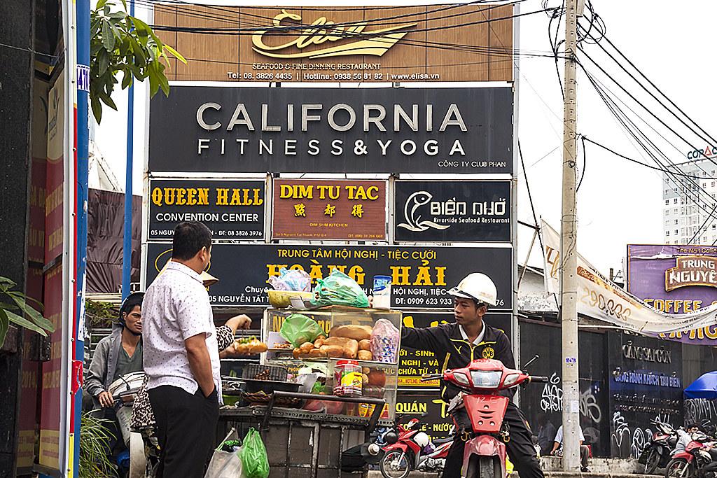 CALIFORNIA FITNESS n YOGA--Saigon
