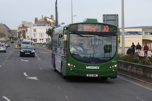 First Hampshire & Dorset 69542 BF12KWE