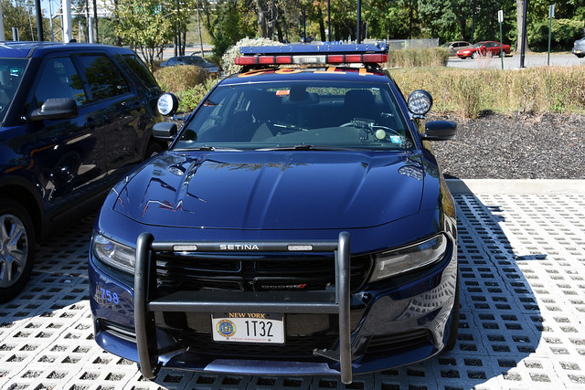 Picture Of New York State Trooper Car (1T32) - 2015 Or 2016 Dodge Charger. This Car 1T32 Is From Troop T Formerly Of Tarrytown, New York Now Located In West Nyack, NY. Troop T Will Move Back To New Barracks In Tarrytown, New York Once The New Tappan Zee