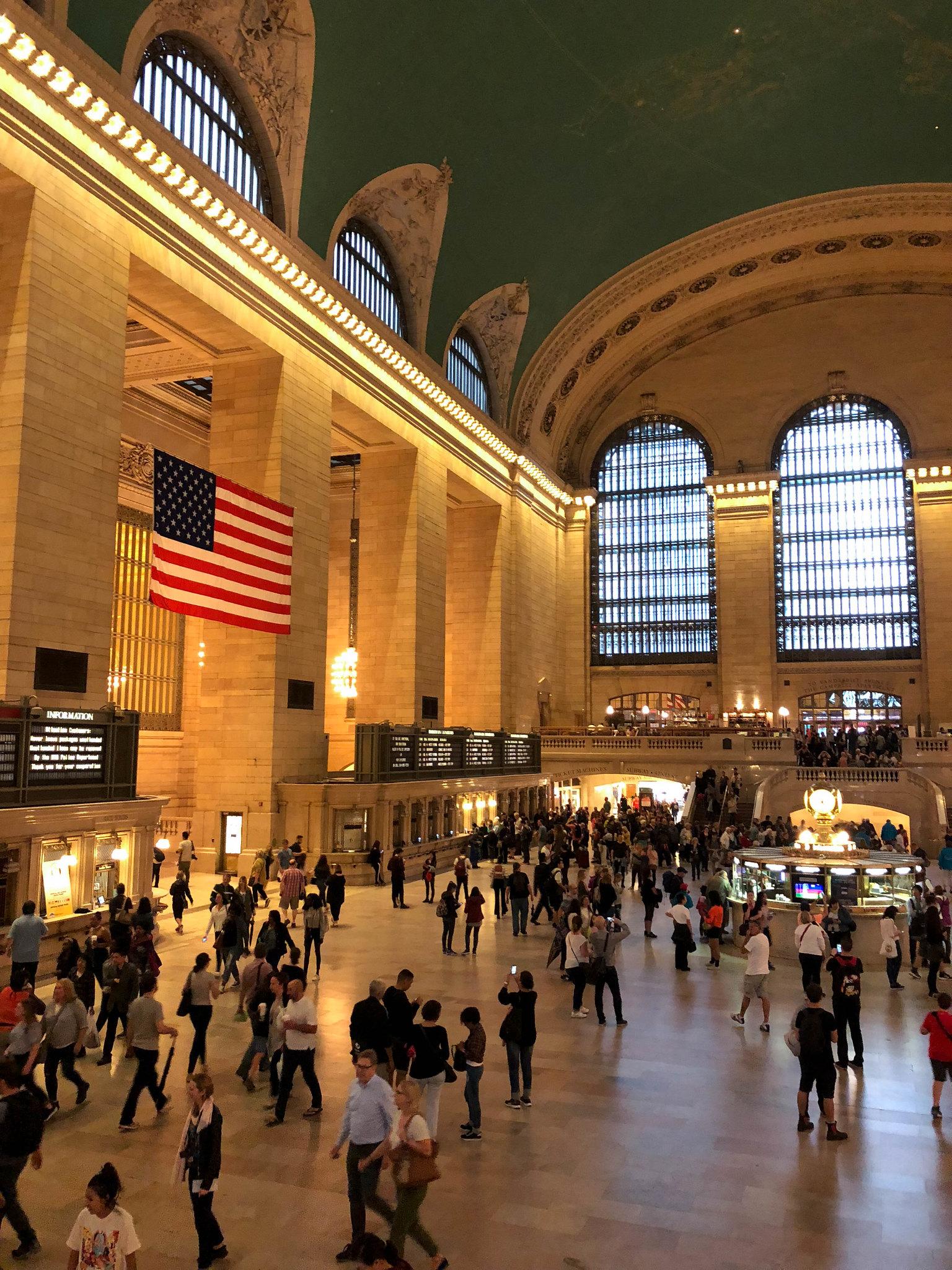 NEWYORK-8351