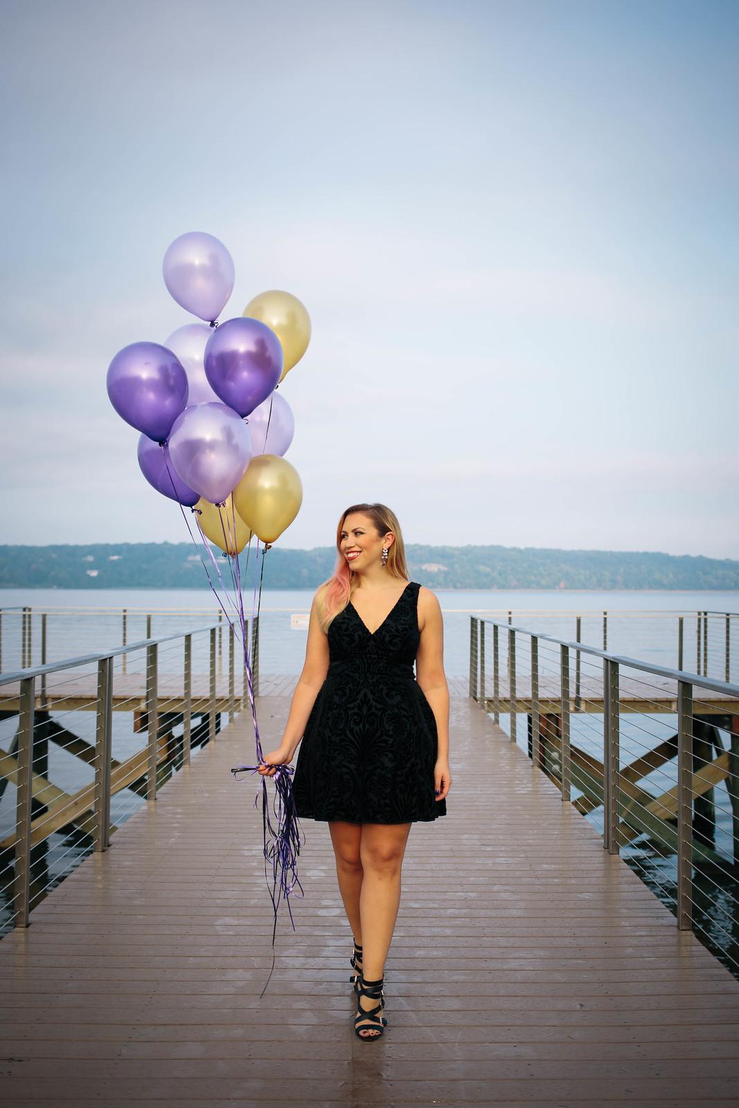30th Birthday Balloons Photoshoot Ideas