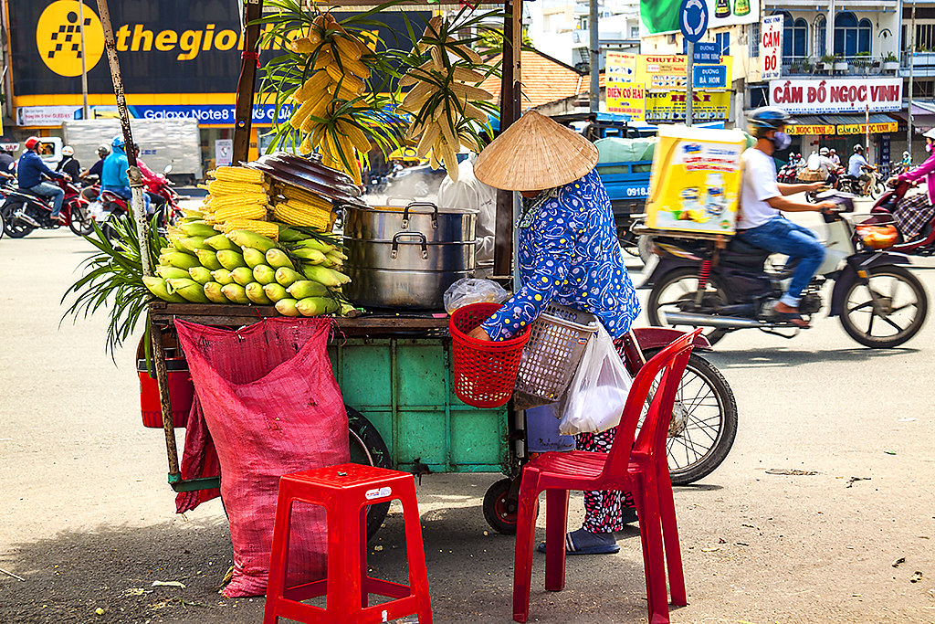 Corn seller in Phu Lam--Saigon