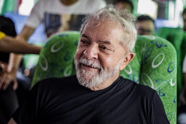 """Lula: """"Vamos propor um referendo revogatório durante a campanha"""""""