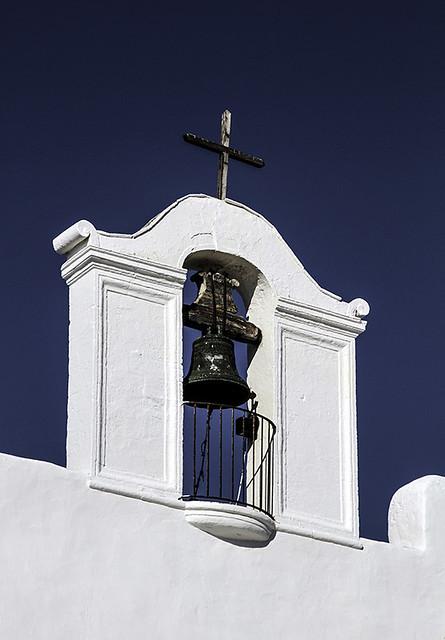 Campanario - iglesa de Sant Jordi de ses salinas -  Ibiza  -