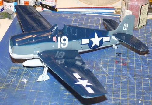 """Grumman F6F-3 Hellcat, """"Vit 19 Vraciu"""", Eduard 1/48 - Sida 3 38140167752_7f8379c738"""