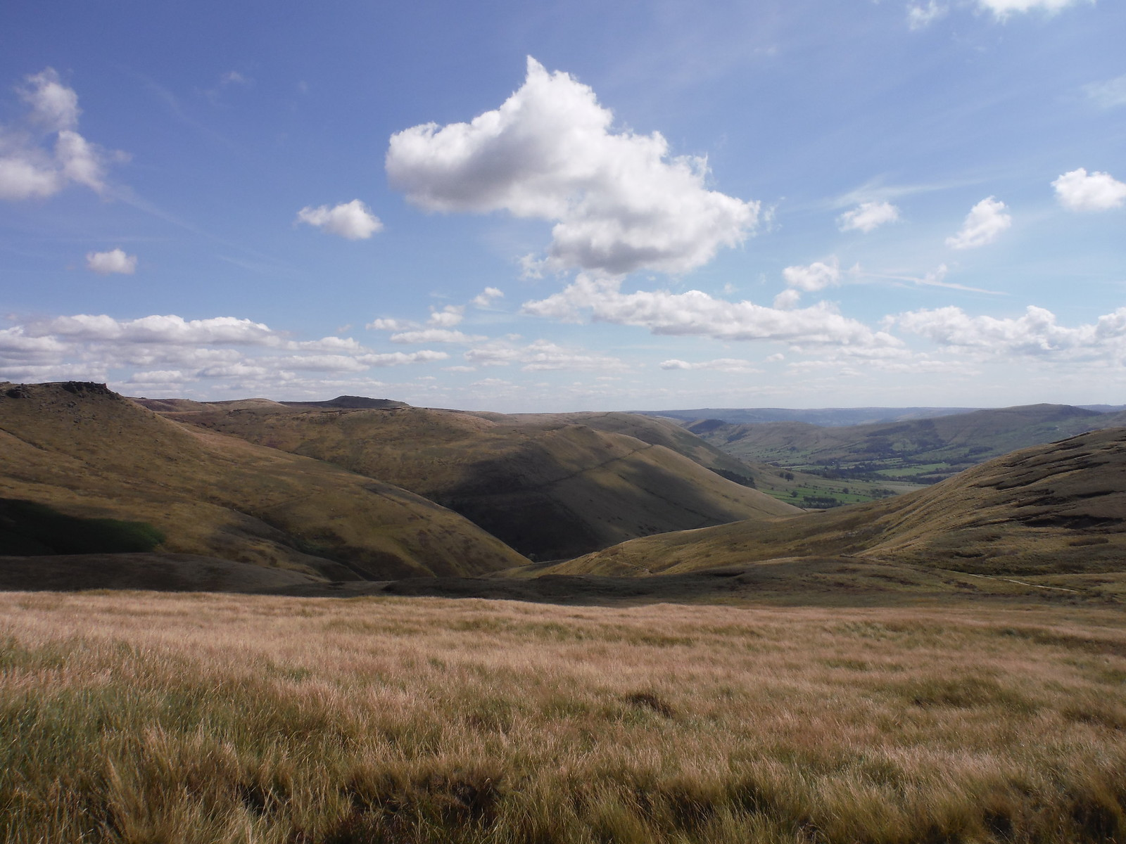 Grindslow Knoll and Vale of Edale, from Swine's Back SWC Walk 303 - Edale Circular (via Kinder Scout and Mam Tor)