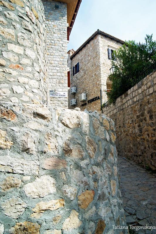 Каменные дома Старого Улциня