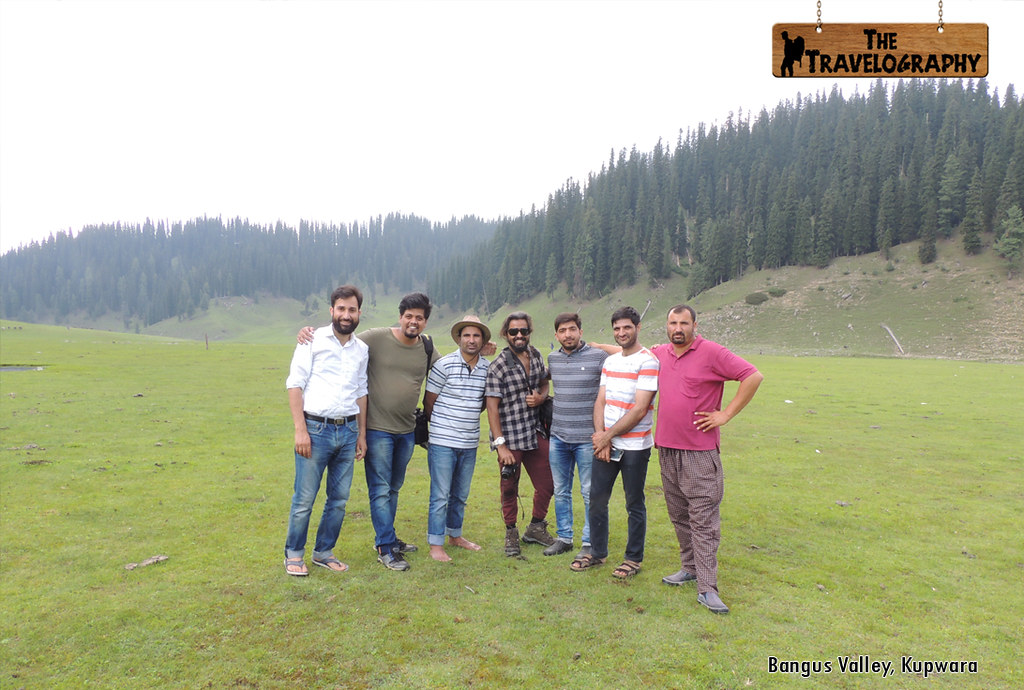 Couchsurfing Friends in Kashmir Valley | The Travelography