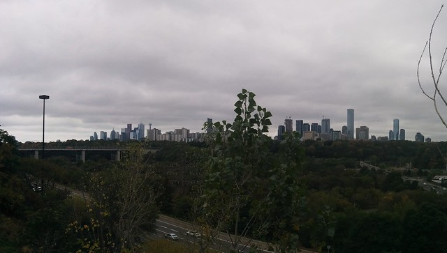 Panorama of skyline from Chester Hill #toronto #skyline #playterestates #chesterhilllookout #donvalley #panorama #latergram